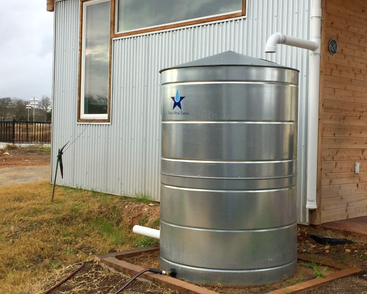 400 gallon galvanized steel rural rainwater collection tank