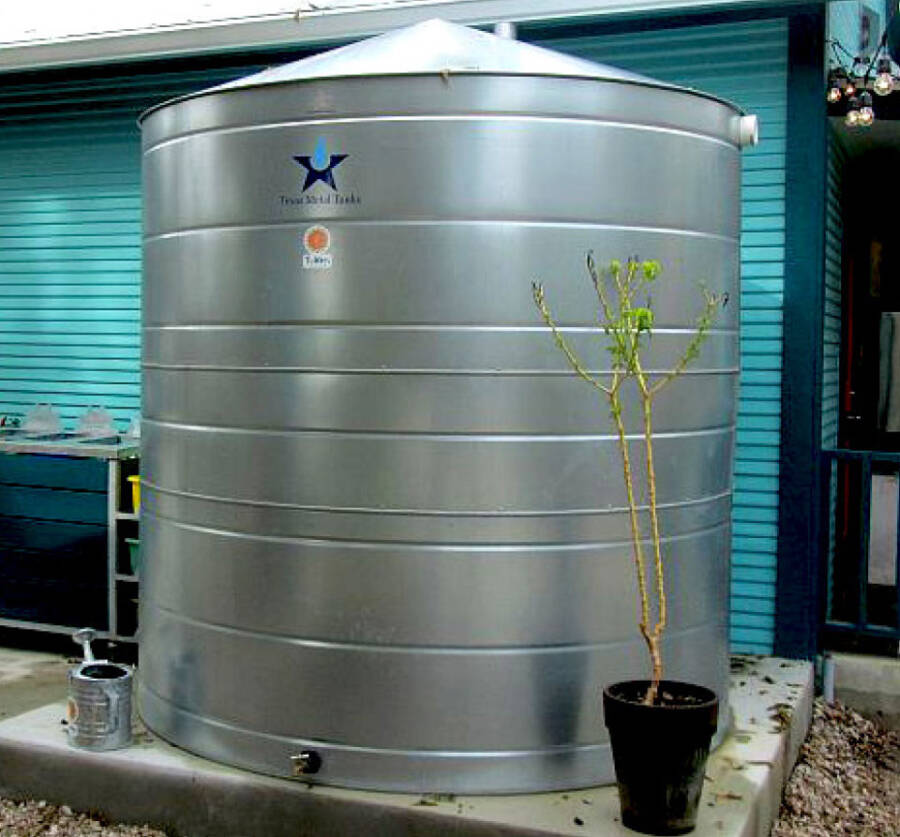 2,015 gallon galvanized steel cistern