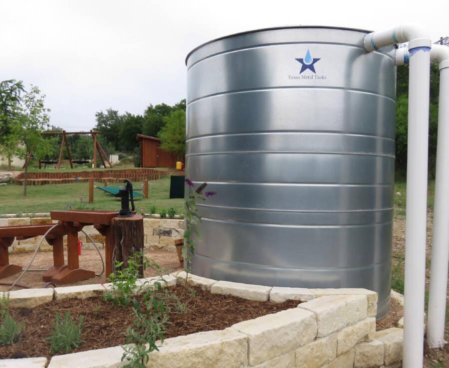 metal water tank for rain garden
